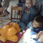 Деца и цици